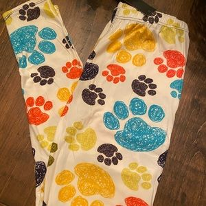 Rainbow  paw print buttery soft leggings